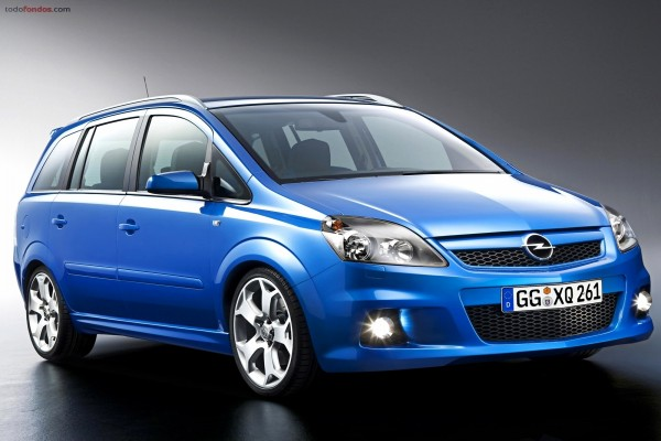 Turismo azul de Opel
