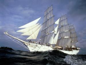 Postal: Barco velero a toda vela