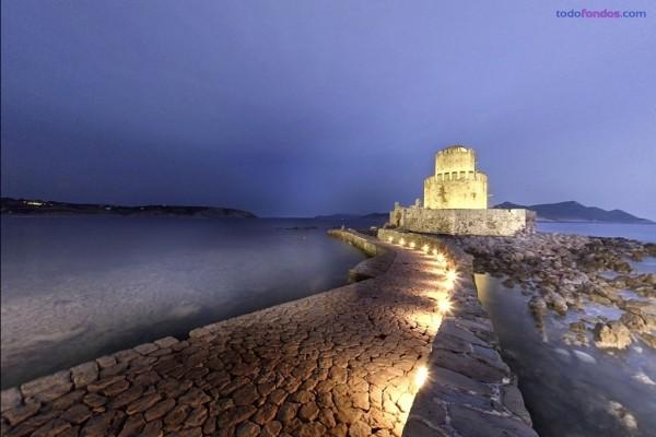Puerto en Mesenia (Grecia)