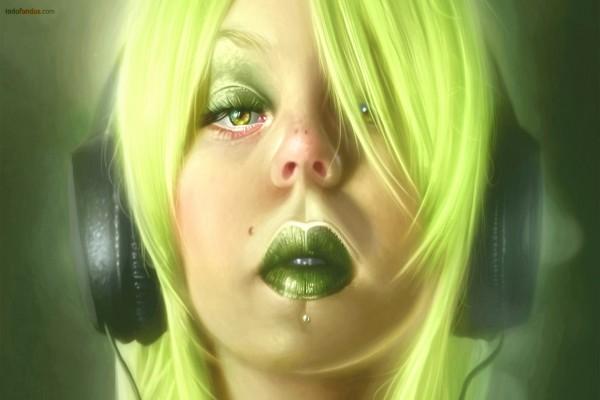 La chica del pelo verde