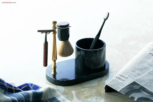 Para afeitarse y cepillarse los dientes