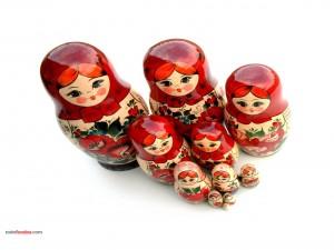 Postal: Matrioskas (muñecas rusas)