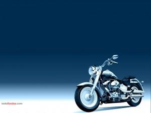 Postal: Diseño de una Harley