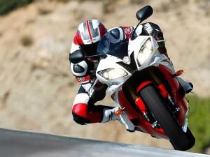 Postal: Yamaha R6