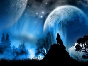 Postal: Lobo aullando a dos lunas