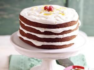 Torta de chocolate con nata