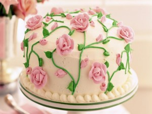 Postal: Torta de boda decorada con rosas