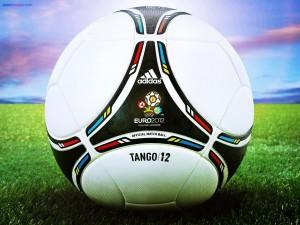 Balón Adidas Tango/12 (Euro 2012)