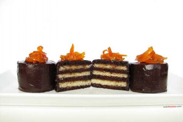 Tarta Grand Marnier con chocolate y vainilla