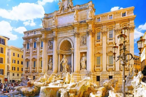 La Fontana de Trevi en Roma (Italia)