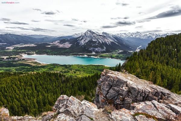 Lago Barrier (Alberta, Canadá)