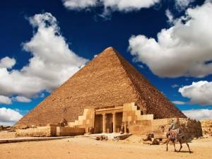Postal: La Gran Pirámide de Guiza (Egipto)