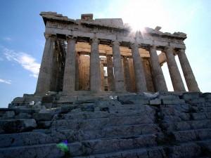 Fachada del Partenón, en la Acrópolis de Atenas (Grecia)