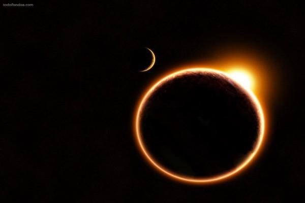 Cerca del eclipse