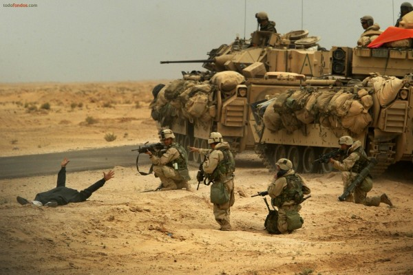 Marines norteamericanos en una misión real