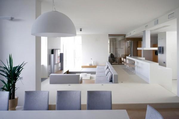 Apartamento minimalista blanco