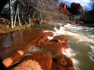 Postal: Río entre rocas (Arizona)