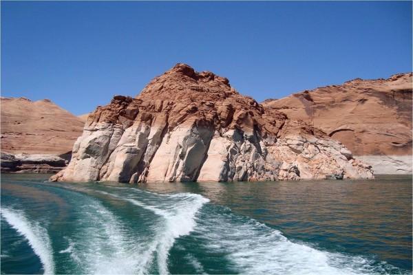 Navegando por el Lago Powell (Estados Unidos)