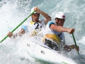 Postal: Luka Bozic y Saso Taljat en canoa doble (C2)
