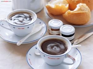 Postal: La hora del té... y algo más...
