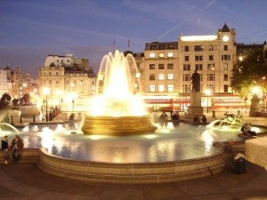 Postal: Plaza de Trafalgar (Londres)