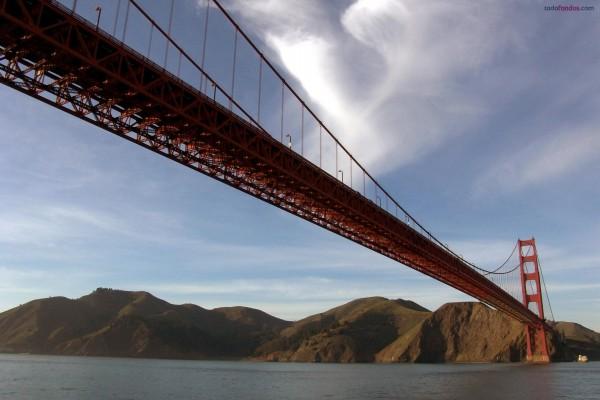 Puente Golden Gate (San Francisco) visto desde el agua