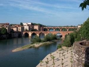 Postal: Puentes de piedra en Tarn (Albi, Francia)