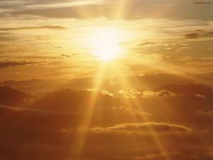 Sol resplandeciente y dorado