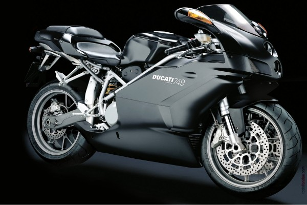 Ducati 749 Testastretta