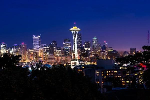 Seattle (Washington) por la noche