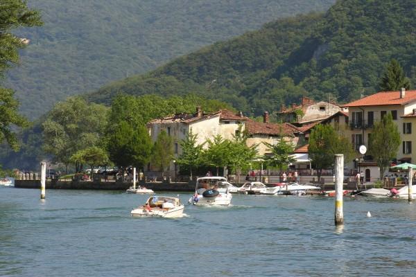 Estrecho de Lavena (Lago de Lugano, Suiza)