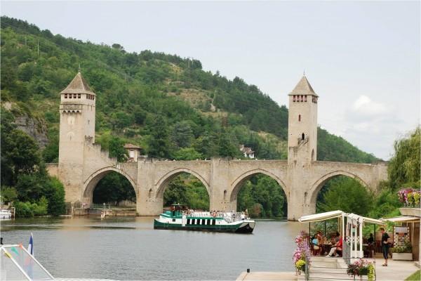 Puente Valentré (Cahors, Francia)