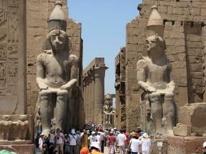 Postal: Entrada al Templo de Luxor (Egipto)