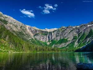 Postal: Lago Avalanche (Parque nacional de los Glaciares, Condado de Flathead, Montana)
