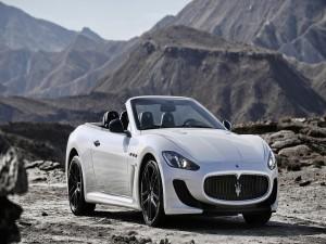 Postal: Maserati GranCabrio