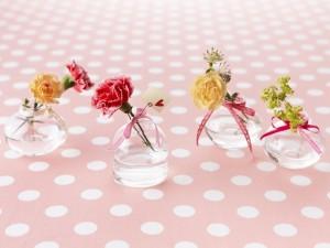 Postal: Pequeños floreros
