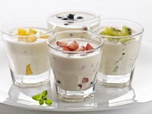 Postal: Yogur con frutas