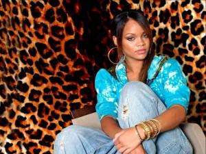 Postal: La cantante Rihanna