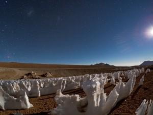 """Postal: Estatuas de hielo llamadas """"Los Penitentes"""" en el Desierto de Atacama (Chile)"""