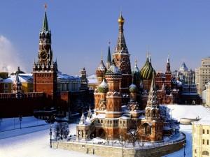 La Catedral de San Basilio en la Plaza Roja de Moscú (Rusia)