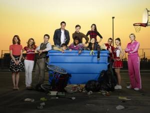 """Postal: Protagonistas de la serie de televisión """"Glee"""""""
