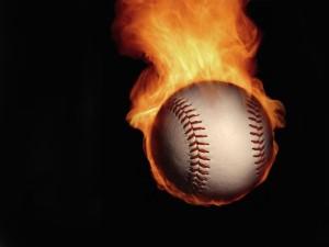 Bola de béisbol en llamas