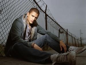 Postal: Wentworth Miller interpretando a Michael Scofield en la serie Prison Break