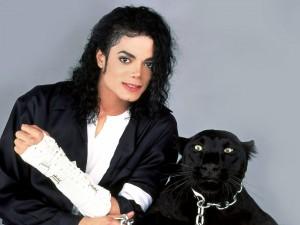 Michael Jackson con una pantera negra