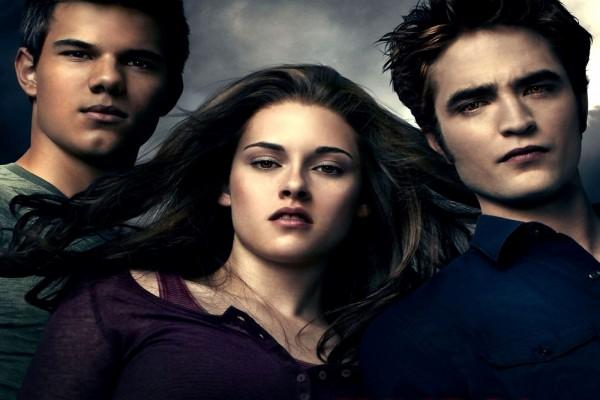 Jacob, Bella y Edward, protagonistas de la saga Crepúsculo (Twilight)
