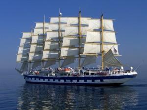 Un velero de cinco mástiles