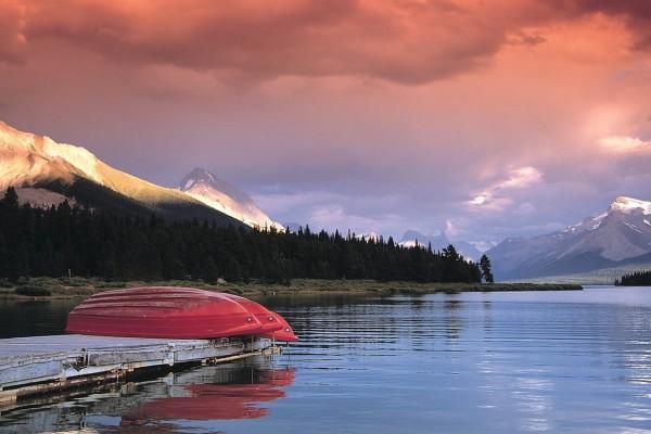 Un lago en Alberta (Canadá)