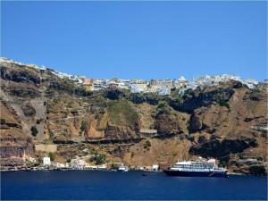 Postal: Puerto de Santorini (isla griega)