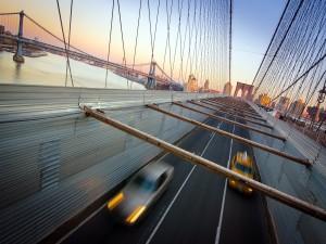 Postal: Tráfico en el Puente de Brooklyn (Nueva York)