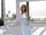 La cantante Shakira con un hermoso vestido